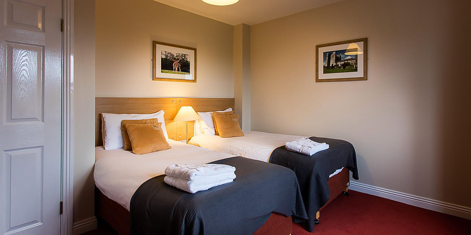 Quality-HOtel-Youghal-Holiday-HOme-accommodation