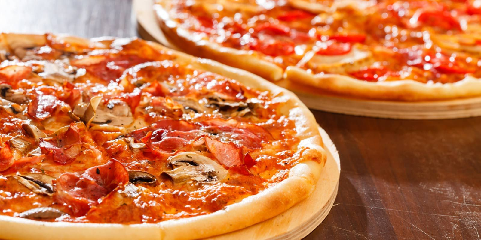 Take-Away-pizzas-for-self-catering-guests-at-the-Quality-Hotel-in-Youghal